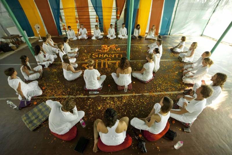 Yoga-Teacher-training-in-india-1