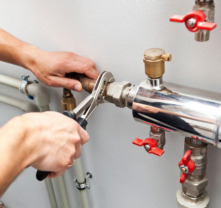 hot water system repair 768x725